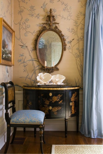 Chinoiserie wallpaper complemented by ebonised Chinoise furniture